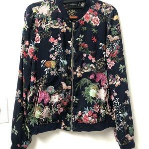 Sold 🔅Bomber Zara Trafaluc flowery